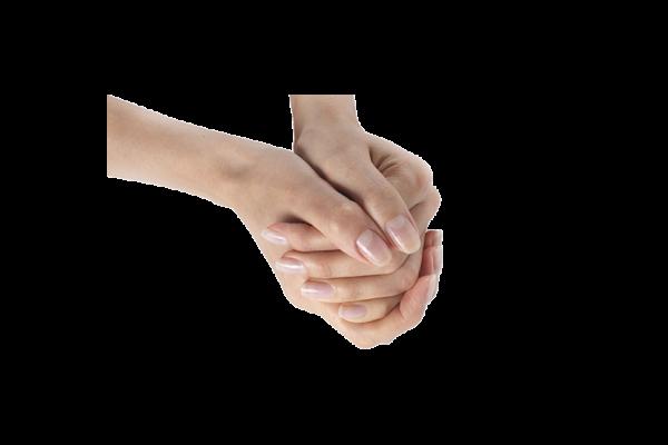 Zwei ineinander gefaltete Hände, die sehr gepflegte Fingernägel zeigen
